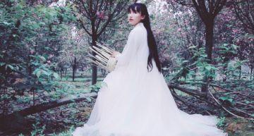 李子柒新片被抓包「假得不能再假」!「充氣臉」嚇歪網:整了?