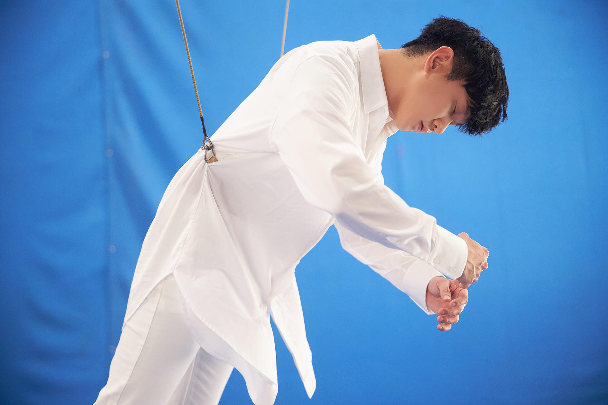 林俊傑被讚「吊鋼絲天才」 拍攝三天僅睡八小時!