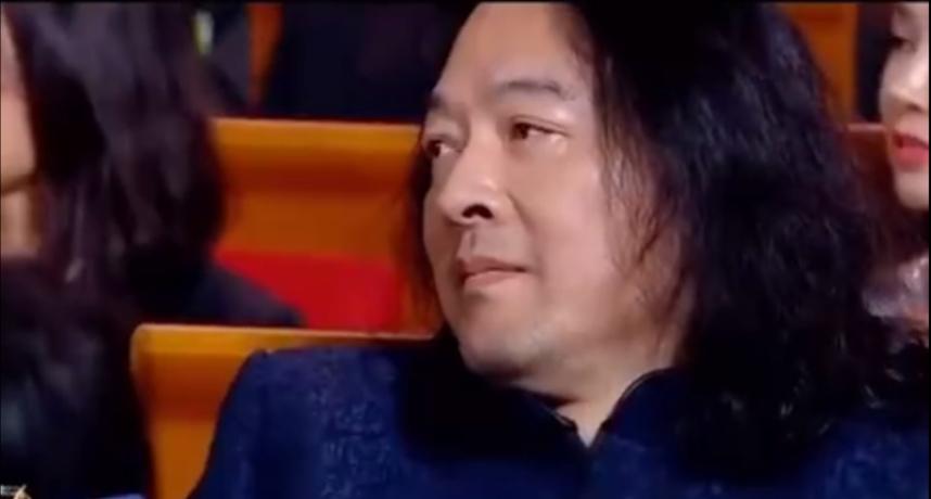 「恭喜空缺」!朗朗頒金雞獎拆信封傻眼 台下音樂人表情超尷尬