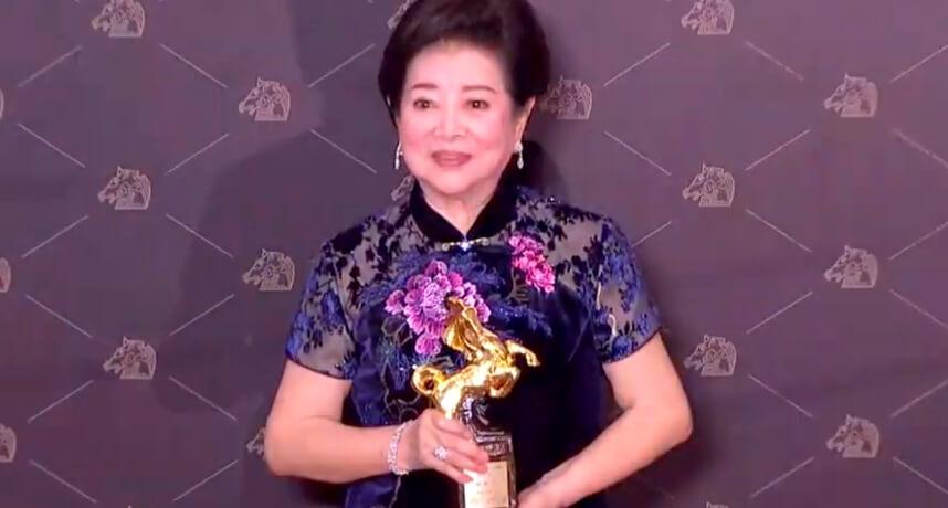 金馬57/「阿嬤」陳淑芳牽兩馬回家!曝「男媳婦幸運物」:明年再來!