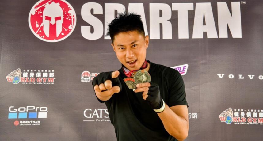 5566彭小刀瘋玩極限運動 「斯巴達障礙賽」搏命拼5公里!