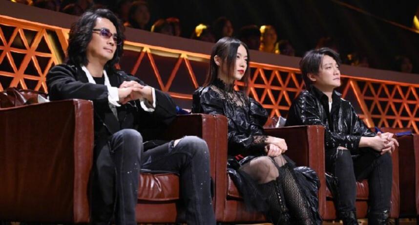 F.I.R.參加中國選秀挨轟「唱得挺差的」!阿沁邀Faye:回團一起唱