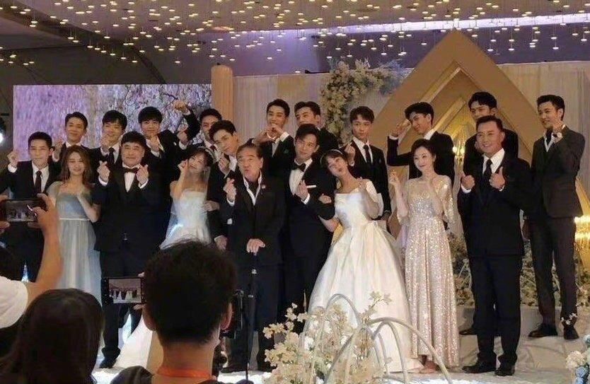 等了2年「韓商言、佟年結婚了」!楊紫婚紗照曝光 粉絲全暴動!