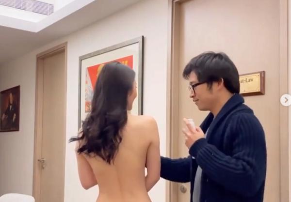 伸手狂搓「上空女友」!男星挨轟下流 網怒:根本謎片!