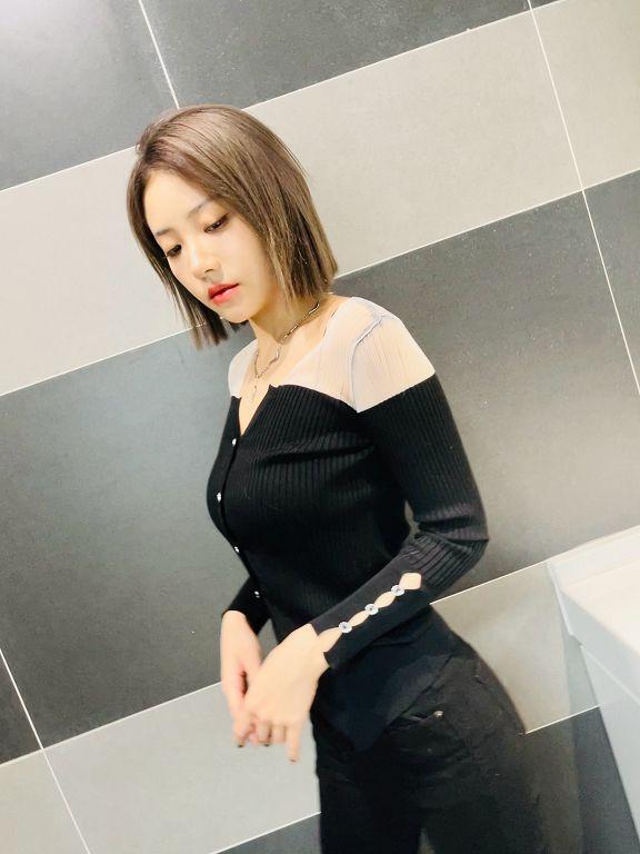 掰了長髮!THE9喻言首曝「金色短髮新造型」 網全暴動:美炸!