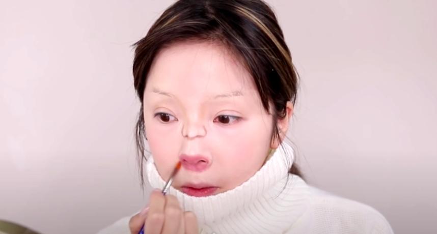 影/韓美妝YouTuber仿妝太神!「嬰兒扮相」再被翻出 網嚇壞:神複製