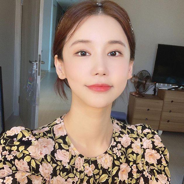 才PO約會文!韓女星「心跳停止」凌晨送醫:超低紅裙成代表作