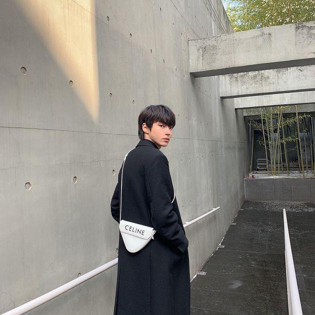 舊照曝光!《女神降臨》黃仁燁「菲律賓畢業」 網:很活躍