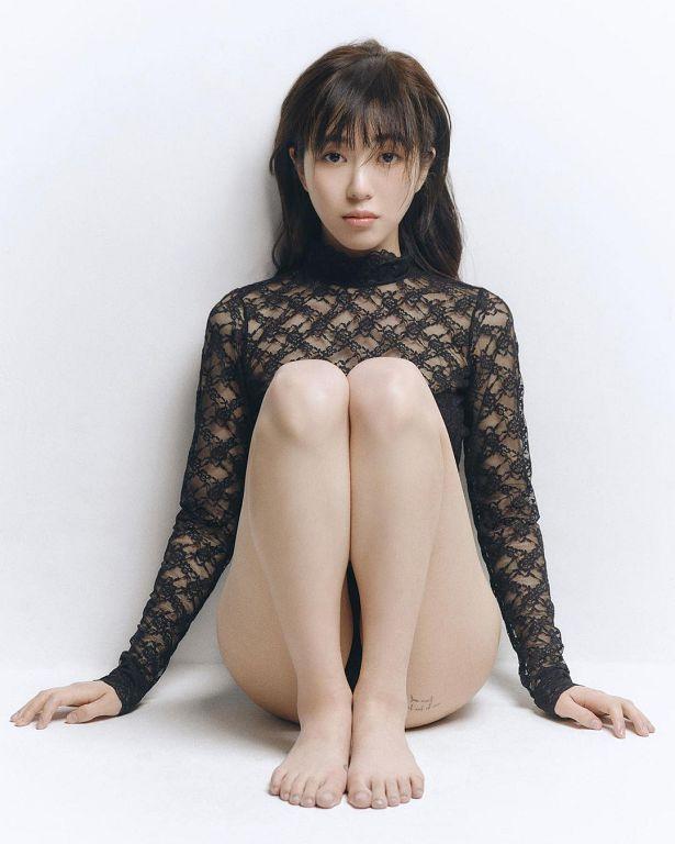 珉娥爆「腿跟刺青」辣歪網!上空照曝光 網憂:瘦過頭