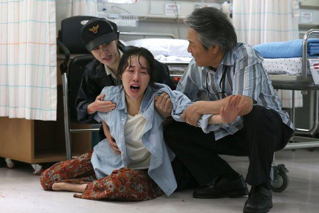 2次搬家趙斗淳妻「緊跟受害者」!不離婚請願書曝:他脾氣很好