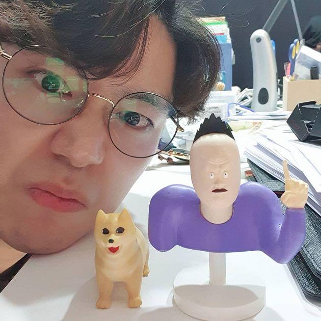 超反差!破百萬「醜萌韓漫」作者真面目曝光 網:新男神!