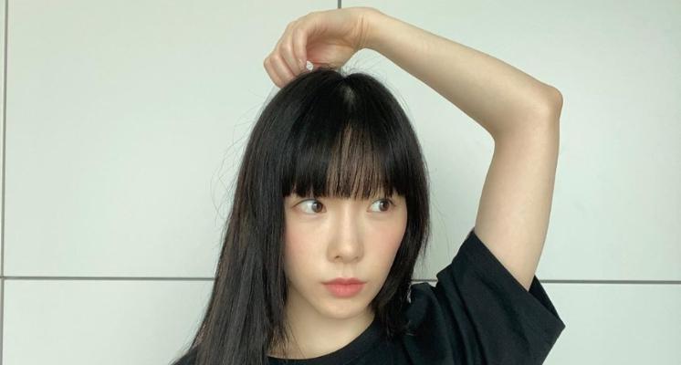 「最強童顏」太妍剪頭髮了!「黑髮妹妹頭」造型曝光 網:我30歲也要長這樣