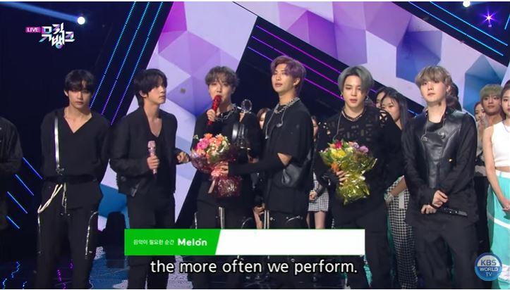 快訊/KBS證實「工作人員感染」!網翻出《Music Bank》影片:BTS剛得獎!